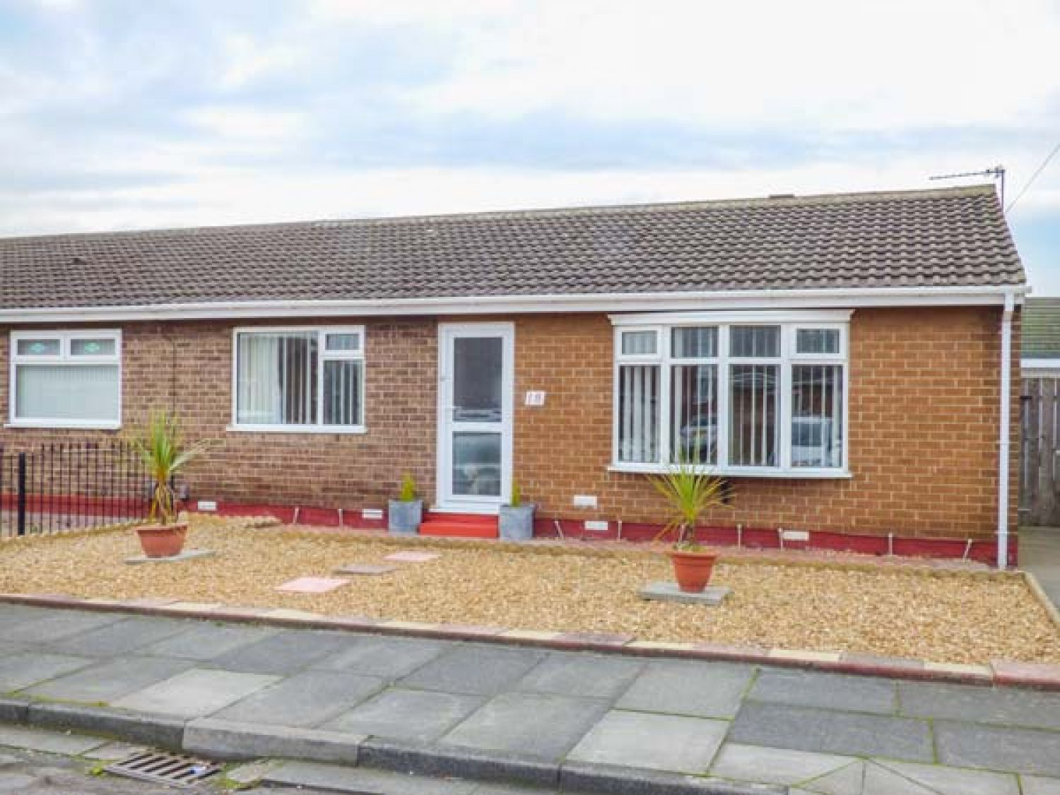 18 Cherry Tree Gardens - Whitby & North Yorkshire - 950994 - photo 1