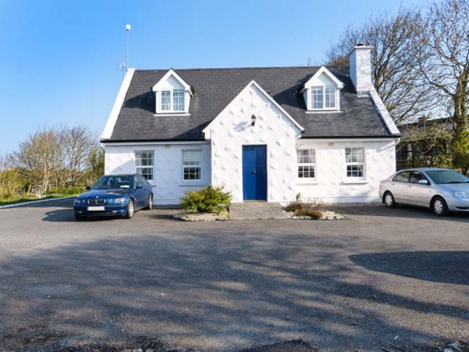 No.1 Apt, Brandy Harbour Cottage - Shancroagh & County Galway - 951117 - photo 1