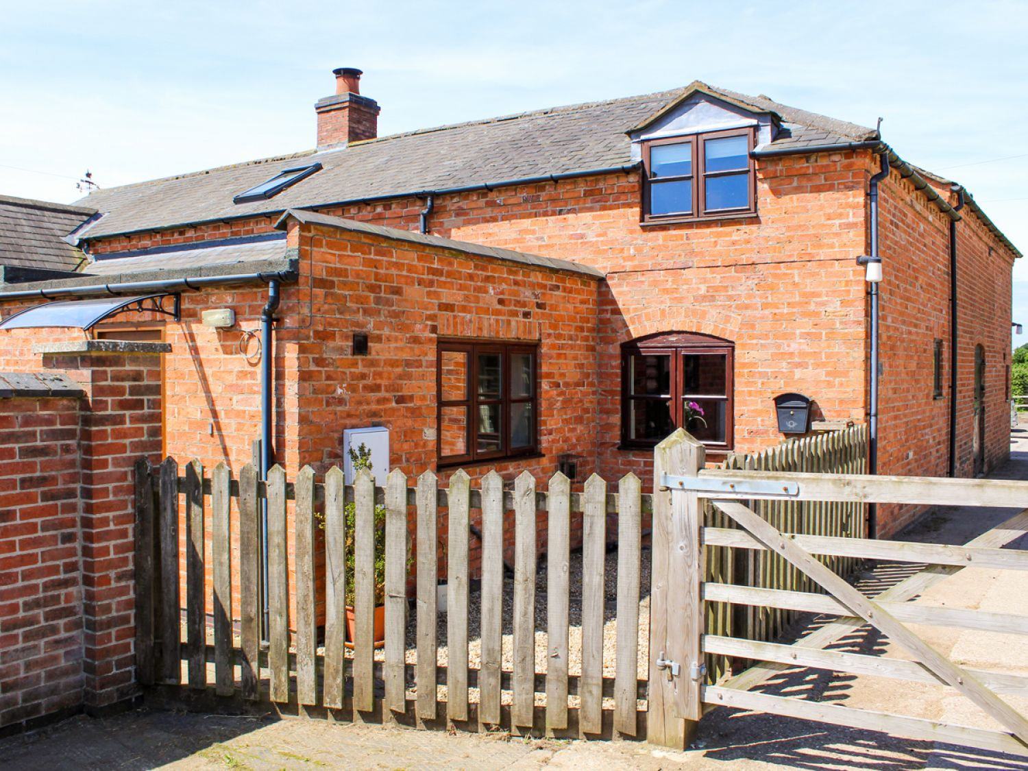 Stables Cottage - Lincolnshire - 951474 - photo 1