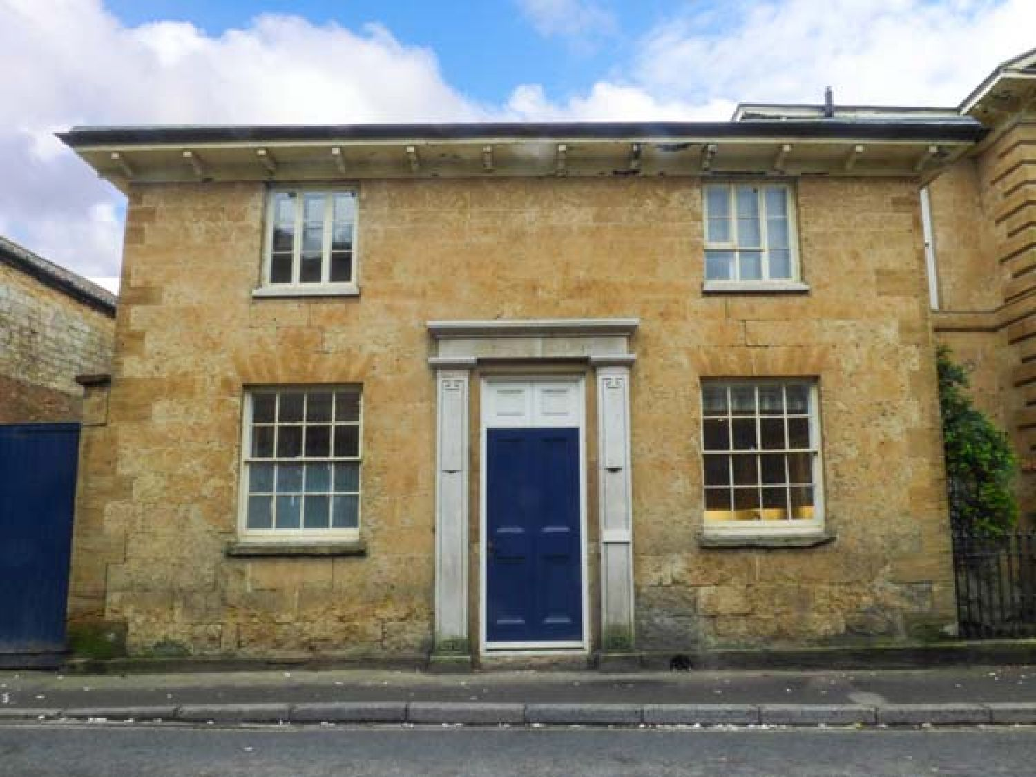 East Wing - Somerset & Wiltshire - 953487 - photo 1