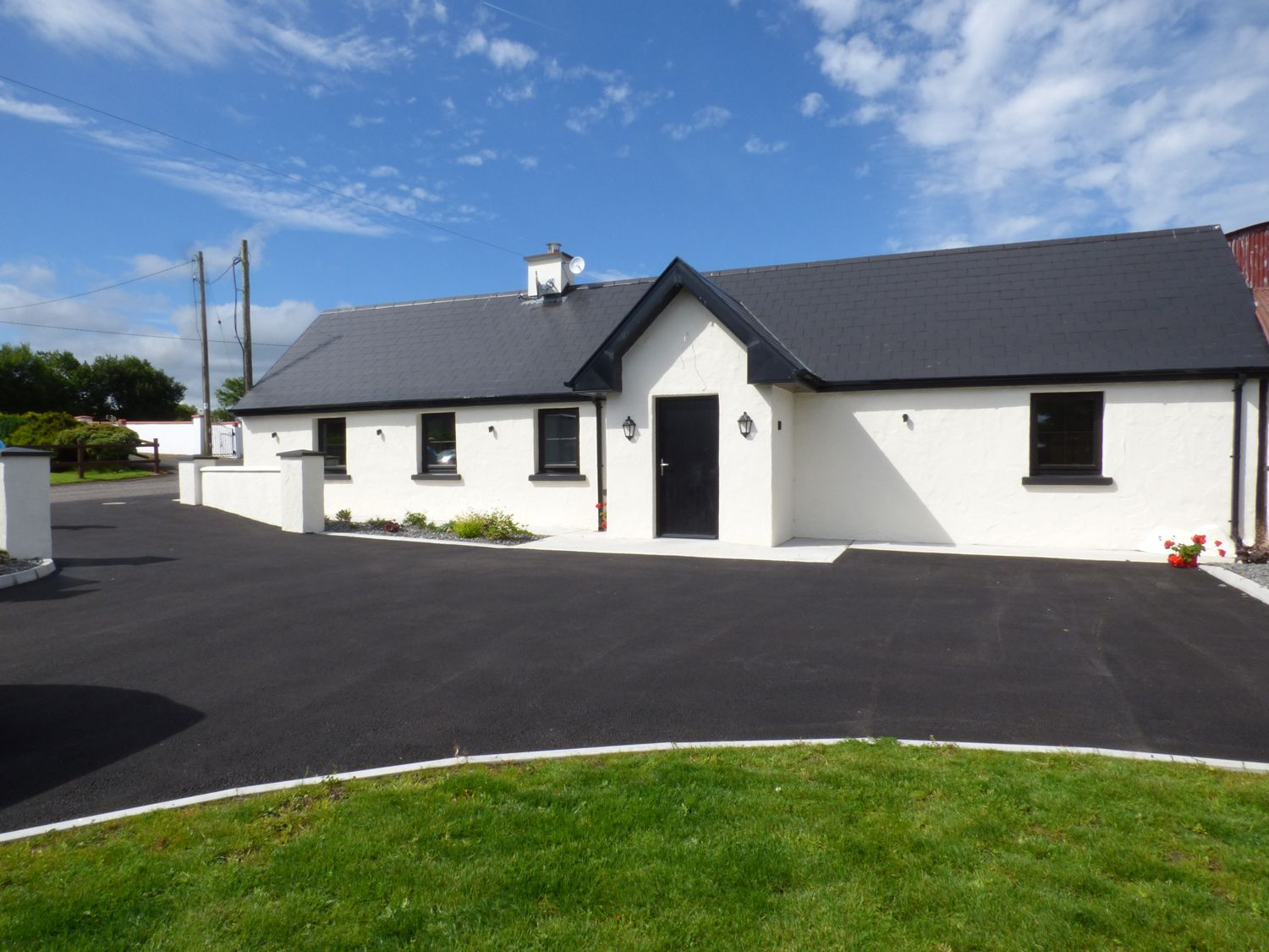 Laharn Cottage - County Kerry - 955565 - photo 1