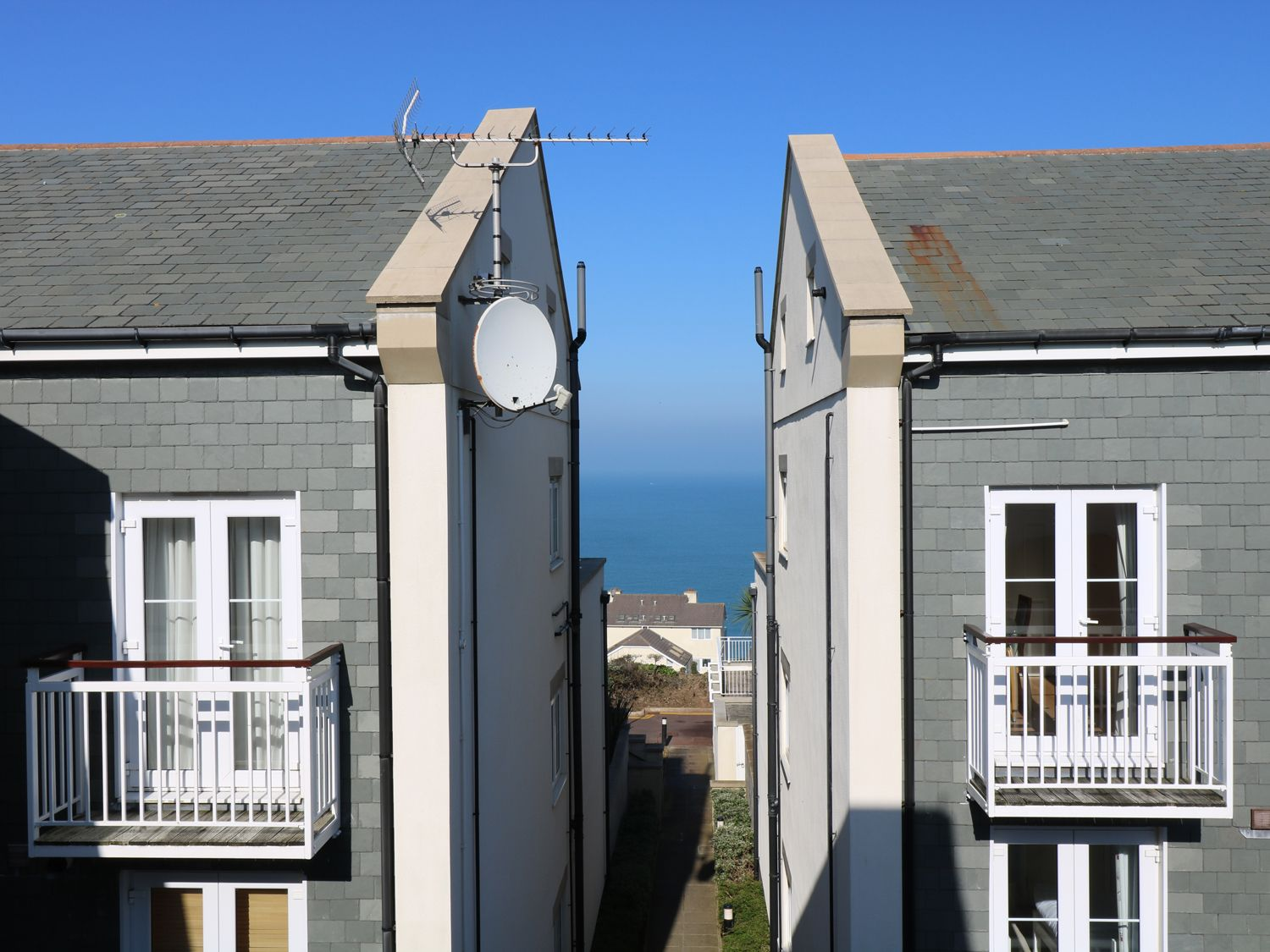 Compass Point - Cornwall - 959247 - photo 1