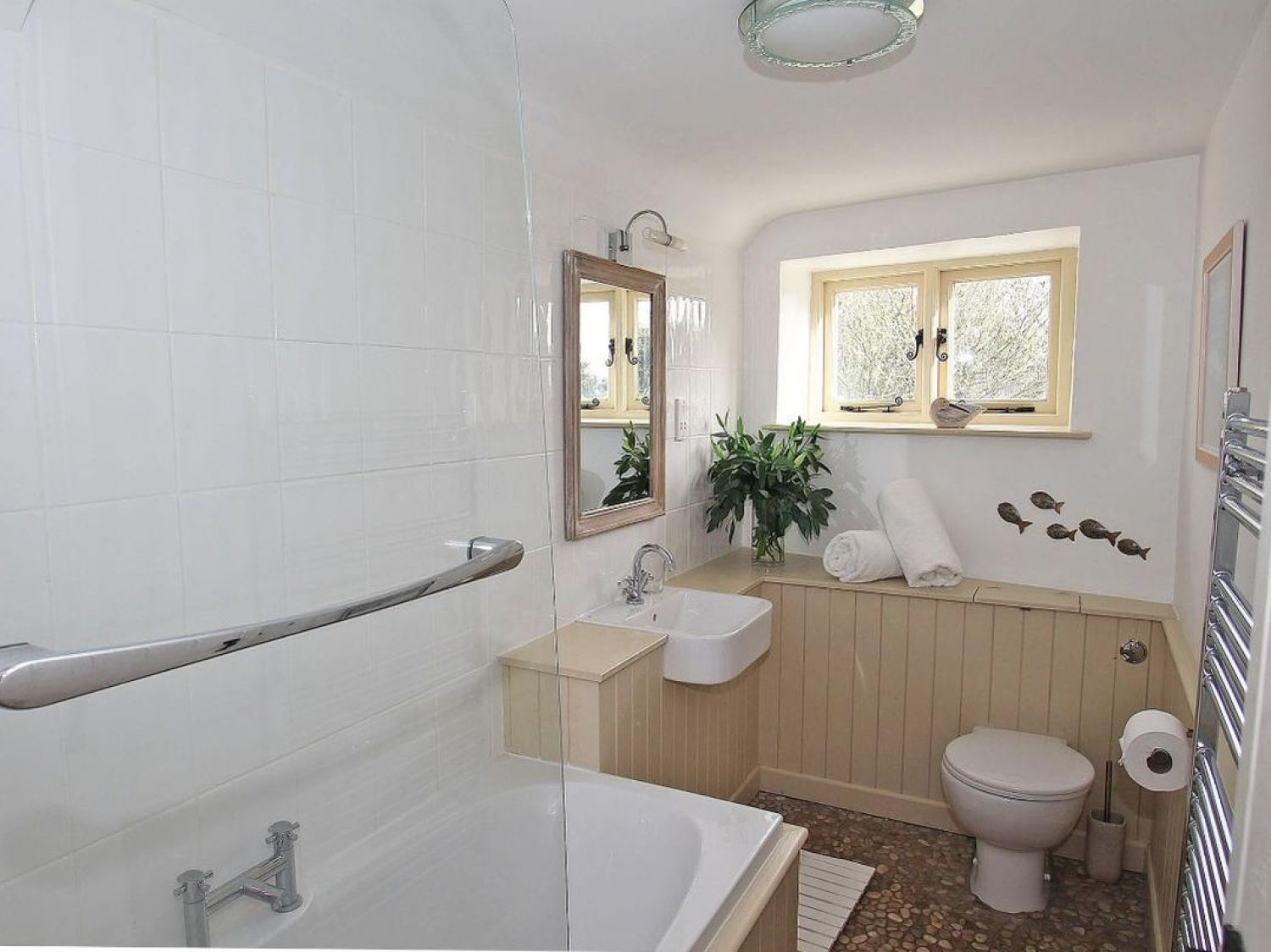 Thatch Cottage Coverack Cornwall