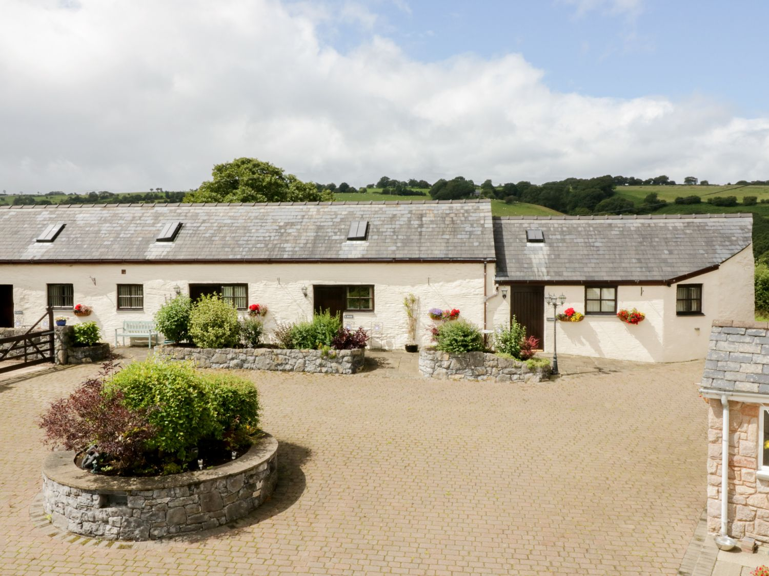 Stabal - North Wales - 961759 - photo 1