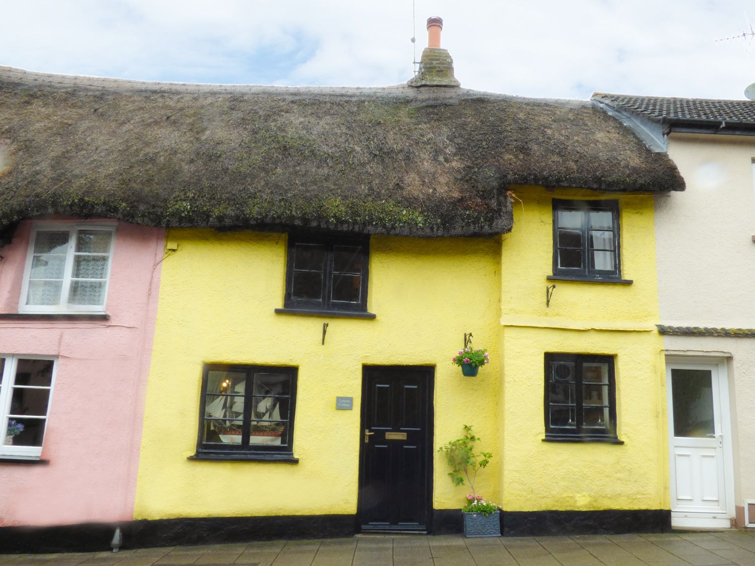Lemon Cottage photo 1
