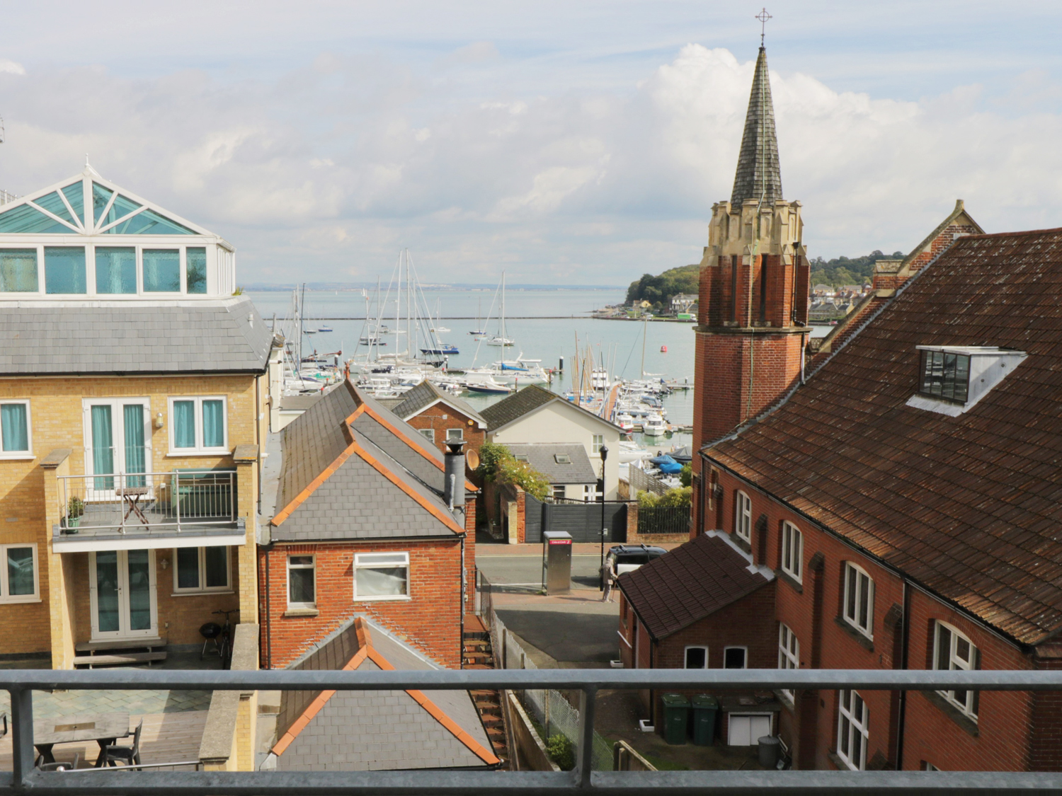 Fantastic Isle Of Wight Cottages Holiday Cottages To Rent In The Beutiful Home Inspiration Ommitmahrainfo