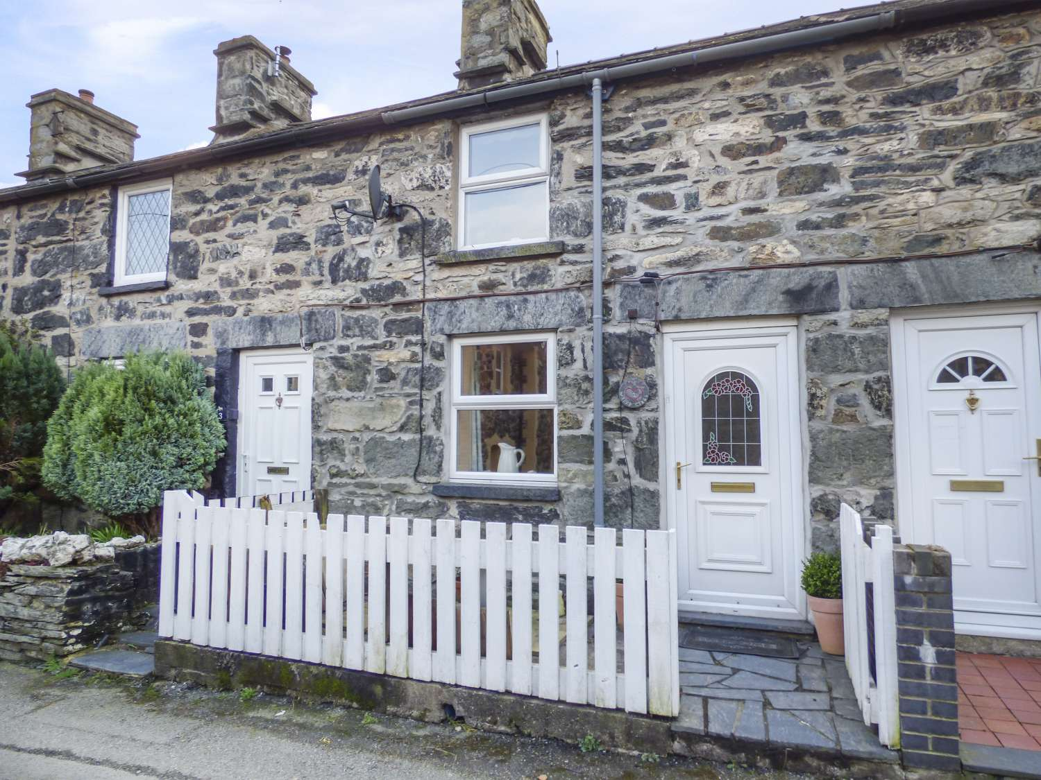 2 White Street - North Wales - 966238 - photo 1