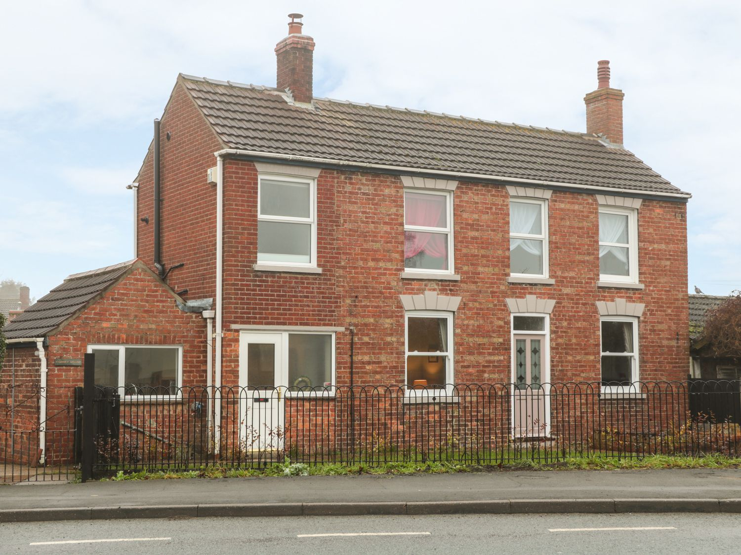 Corner House - Lincolnshire - 966445 - photo 1
