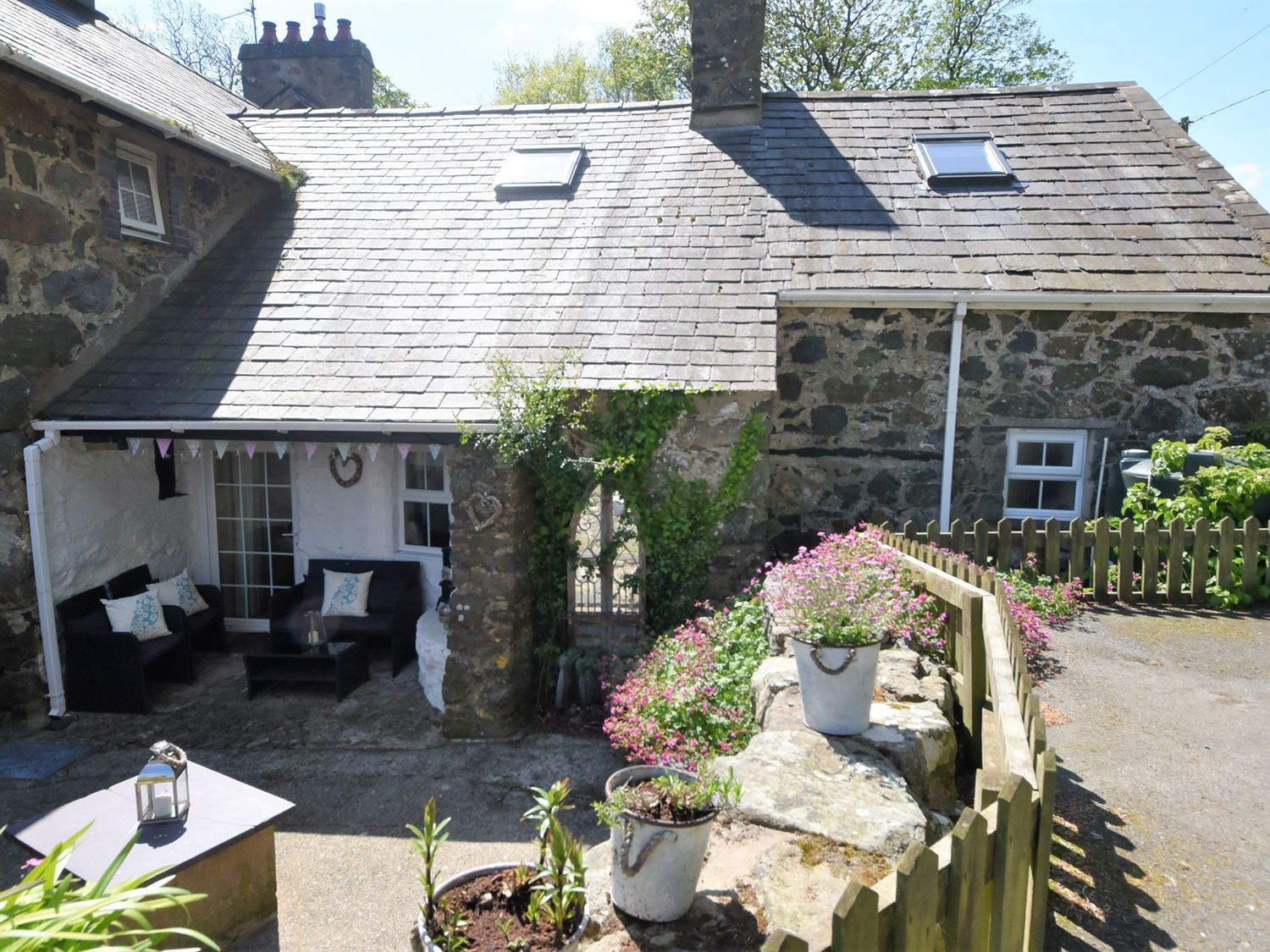 Gwnhinghar Cottage - North Wales - 967519 - photo 1