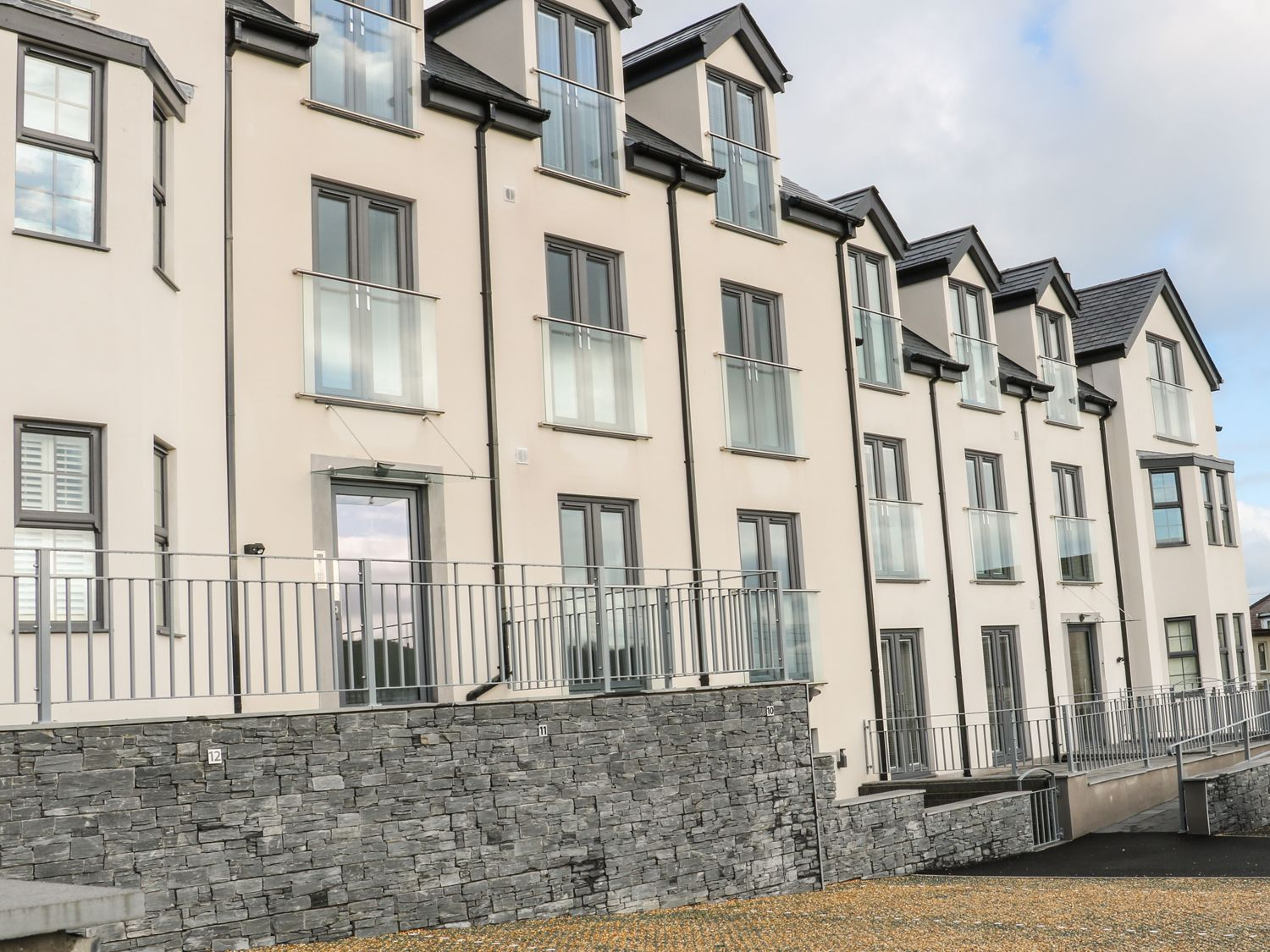 Apartment 2 - Trem Y Bae - Anglesey - 969581 - photo 1