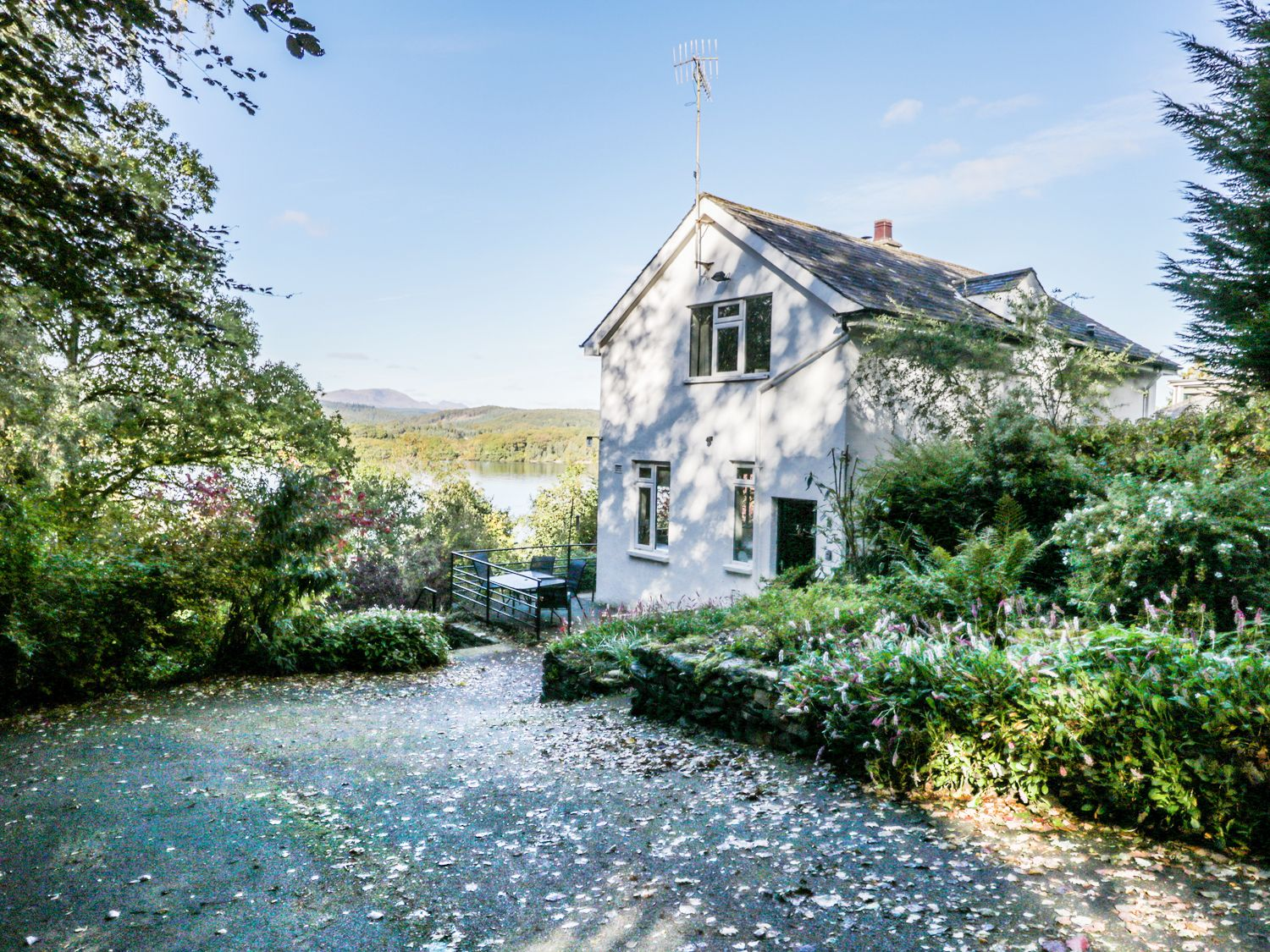 Outstanding Cottages To Rent In The Lake District Availability And Prices Download Free Architecture Designs Meptaeticmadebymaigaardcom