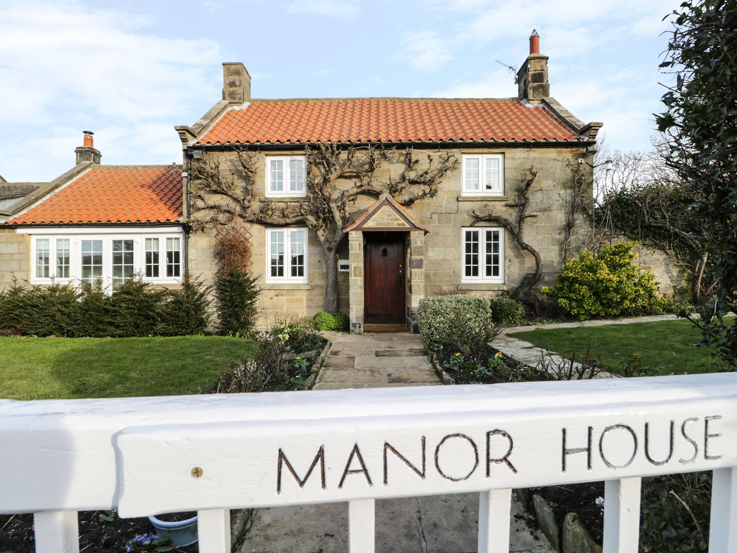 Manor House - Whitby & North Yorkshire - 972985 - photo 1