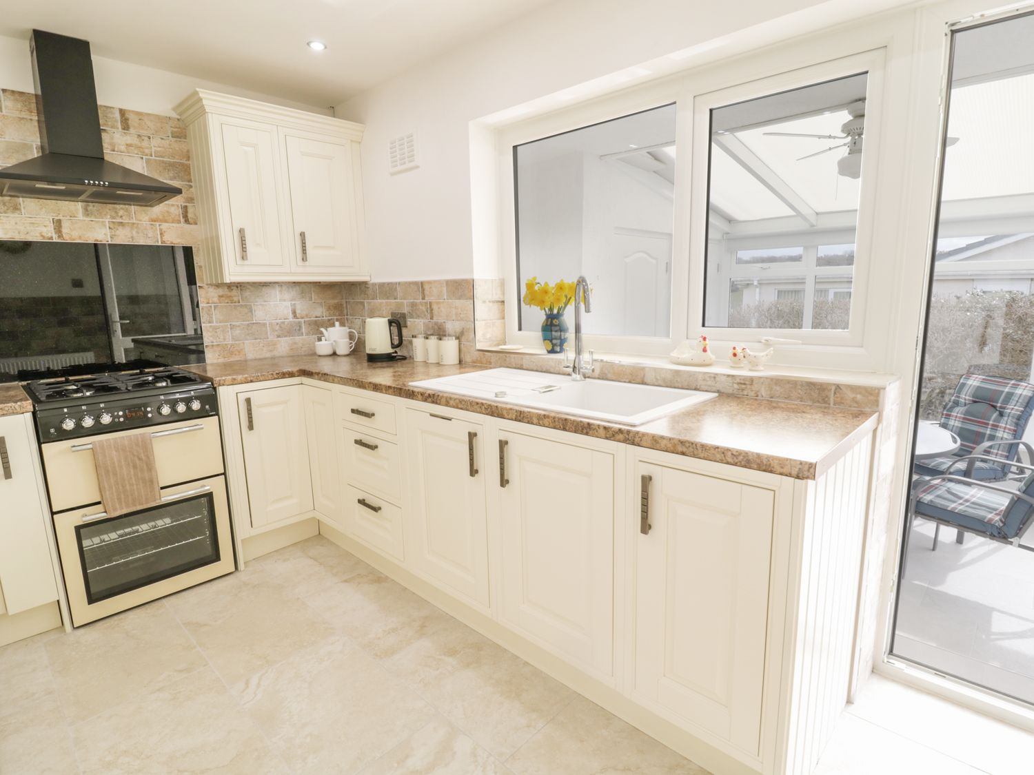 Rhos Cottage   Benllech   Self Catering Holiday Cottage