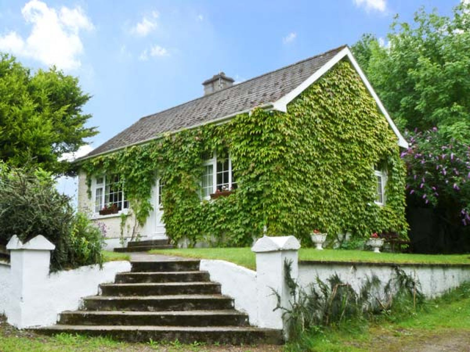 Evergreen Cottage Cahir County Tipperary Hyinenstown