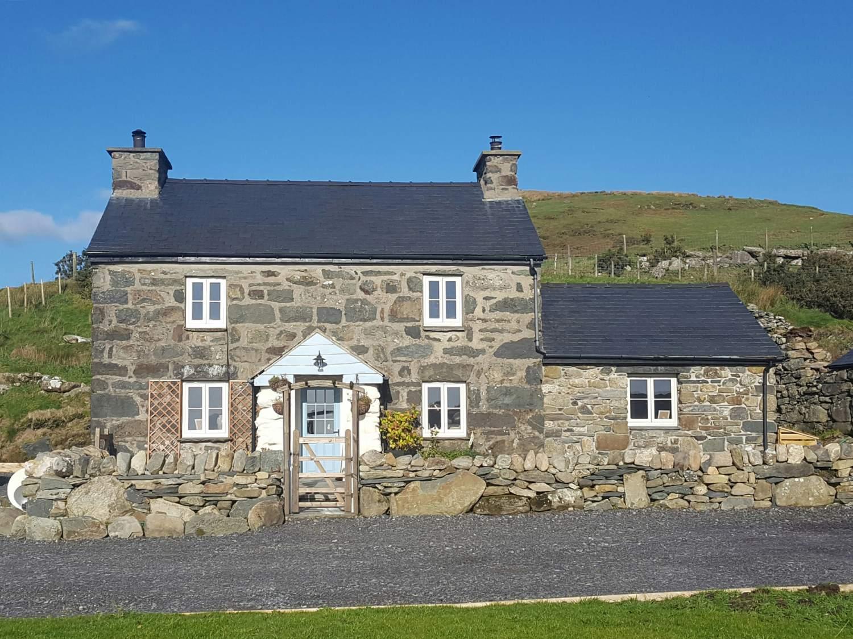 Cae'r Fadog Isaf Farmhouse - North Wales - 975393 - photo 1