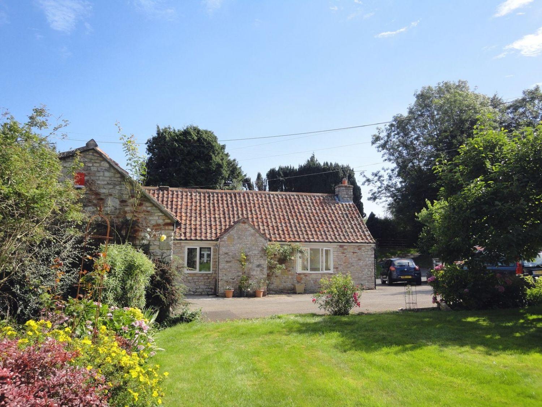 Magnolia Cottage - Somerset & Wiltshire - 975940 - photo 1