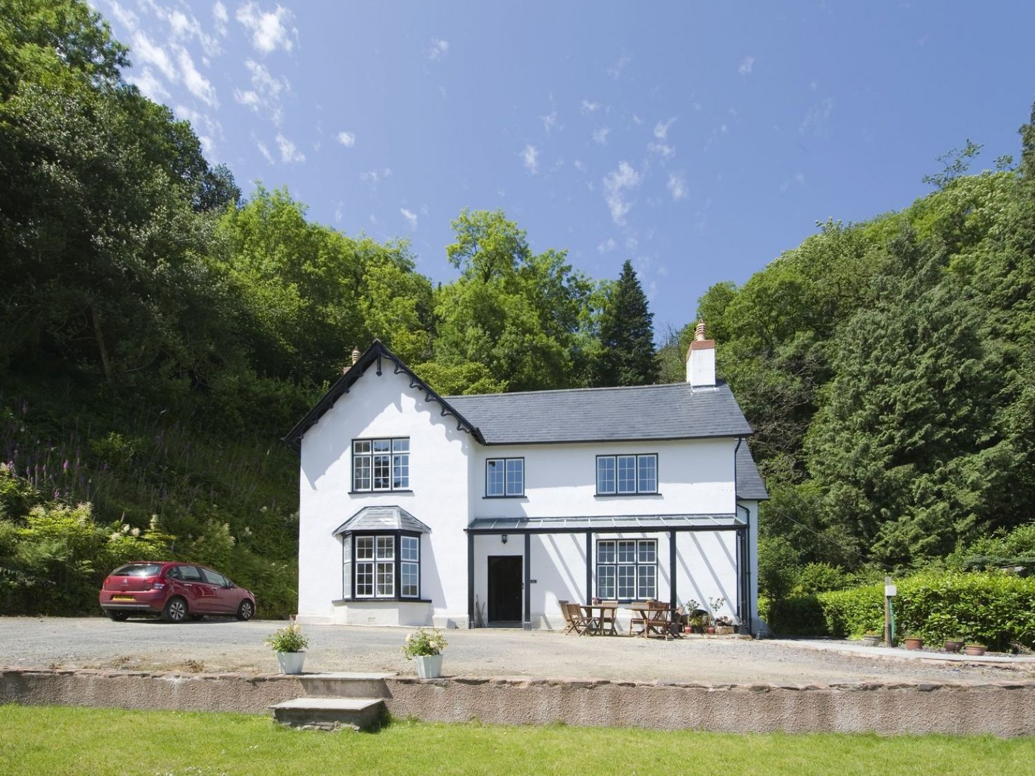 The Mount - Somerset & Wiltshire - 975979 - photo 1