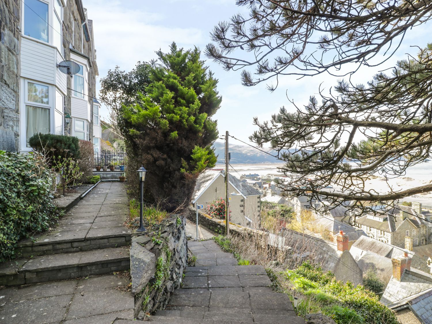 Seaview Apartment - North Wales - 977688 - photo 1