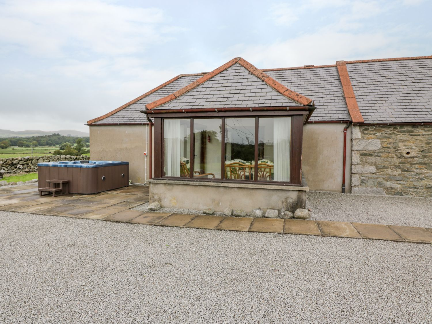 The Middle Byre - Scottish Lowlands - 980115 - photo 1