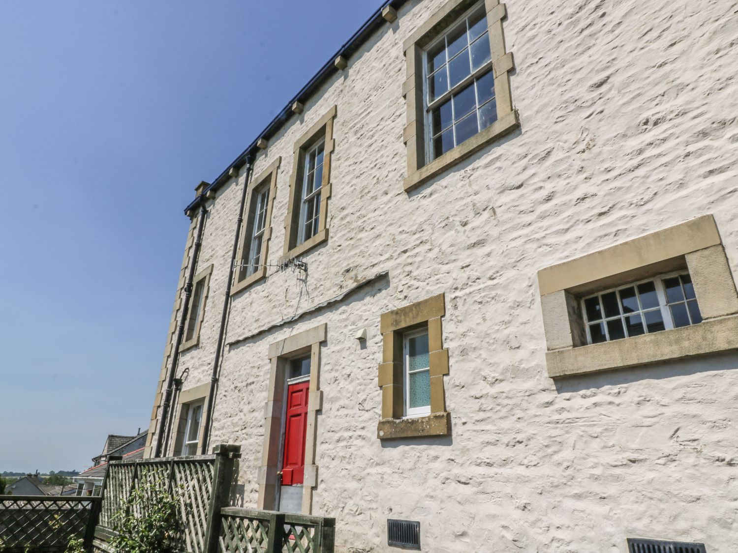 Magistrates Chambers - Yorkshire Dales - 980850 - photo 1