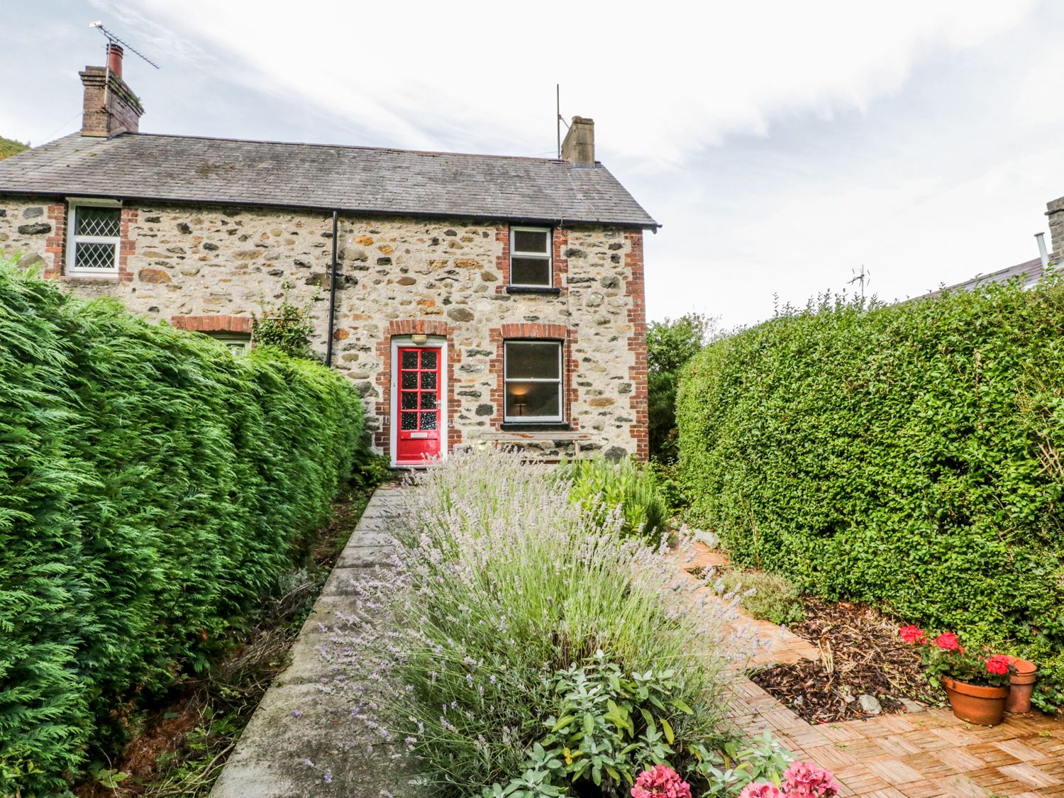 2 Brookside - North Wales - 980919 - photo 1
