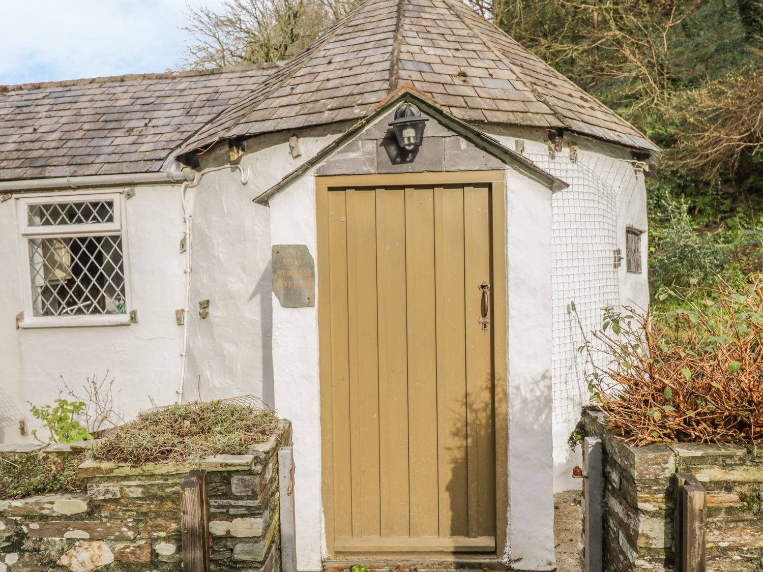Millstream Tintagel Trethevy Cornwall Self Catering Holiday