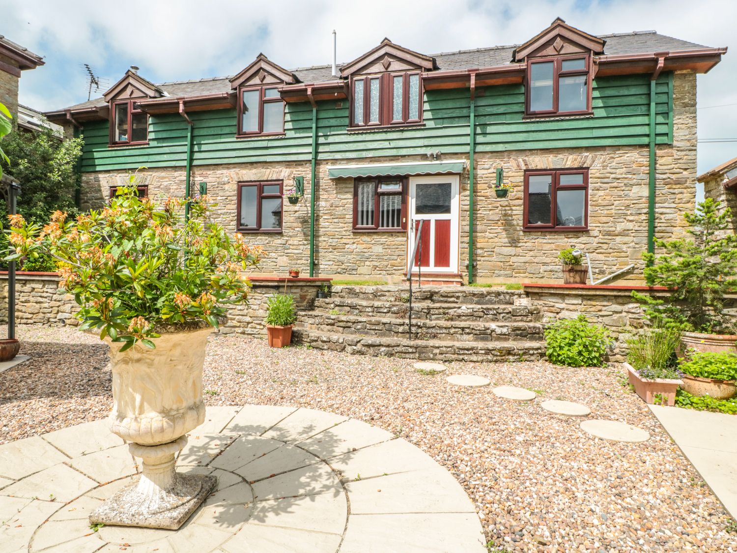 The Courtyard - Mid Wales - 983813 - photo 1