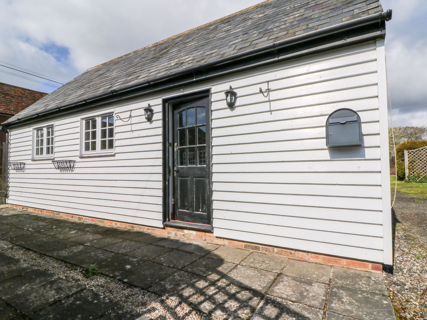 White Hart Stable - Kent & Sussex - 986533 - photo 1