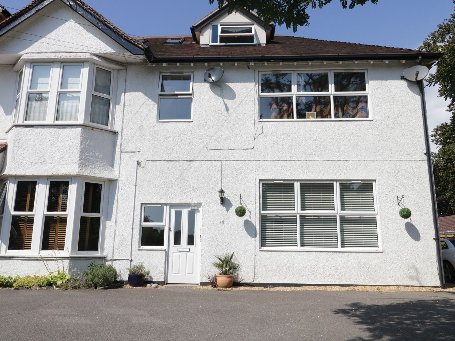 Flat 6, 48 Kings Avenue - Dorset - 989147 - photo 1