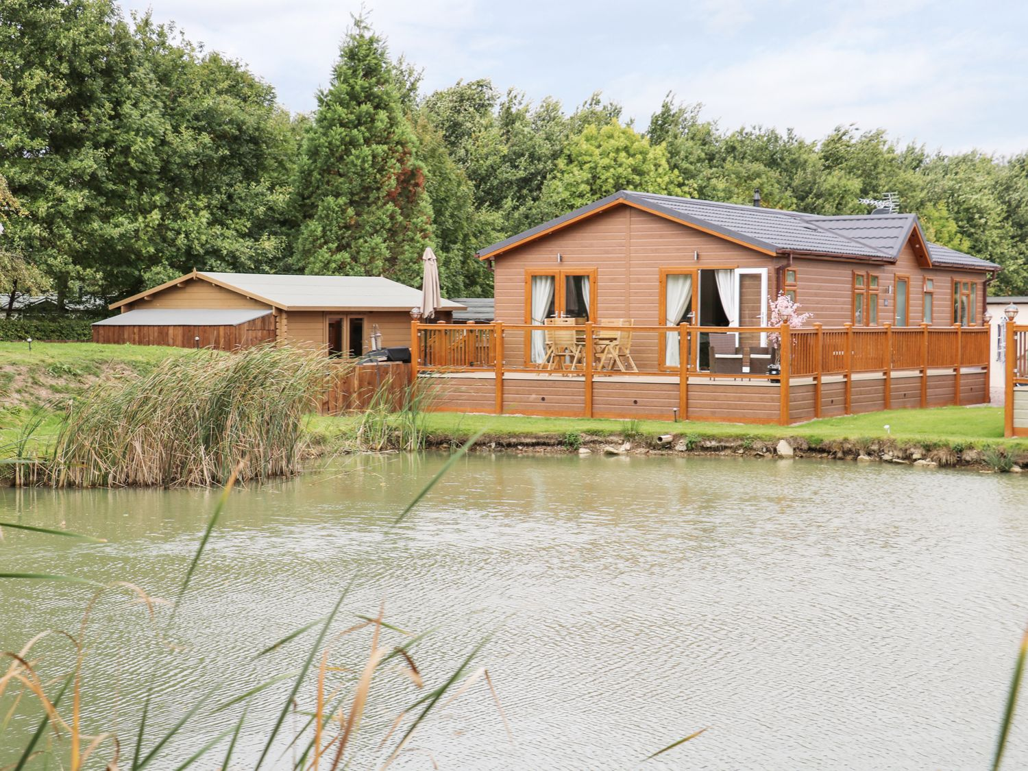 The Lake House - Lincolnshire - 989566 - photo 1