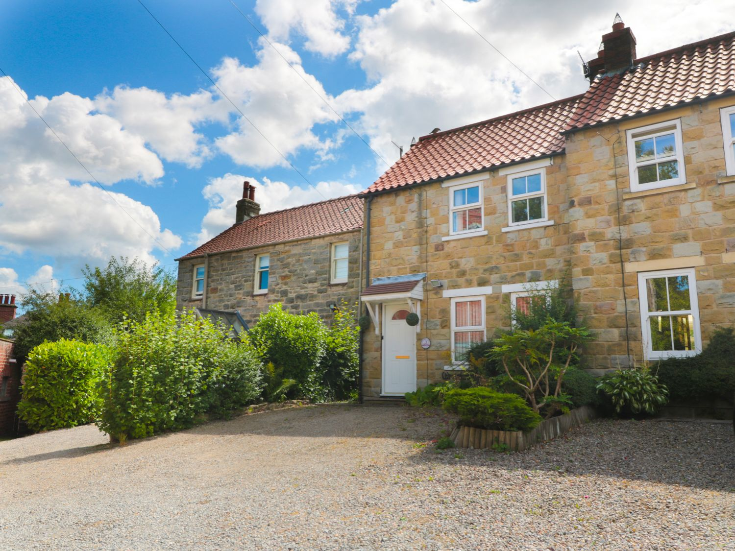 2 Ramblers Court - Whitby & North Yorkshire - 989923 - photo 1