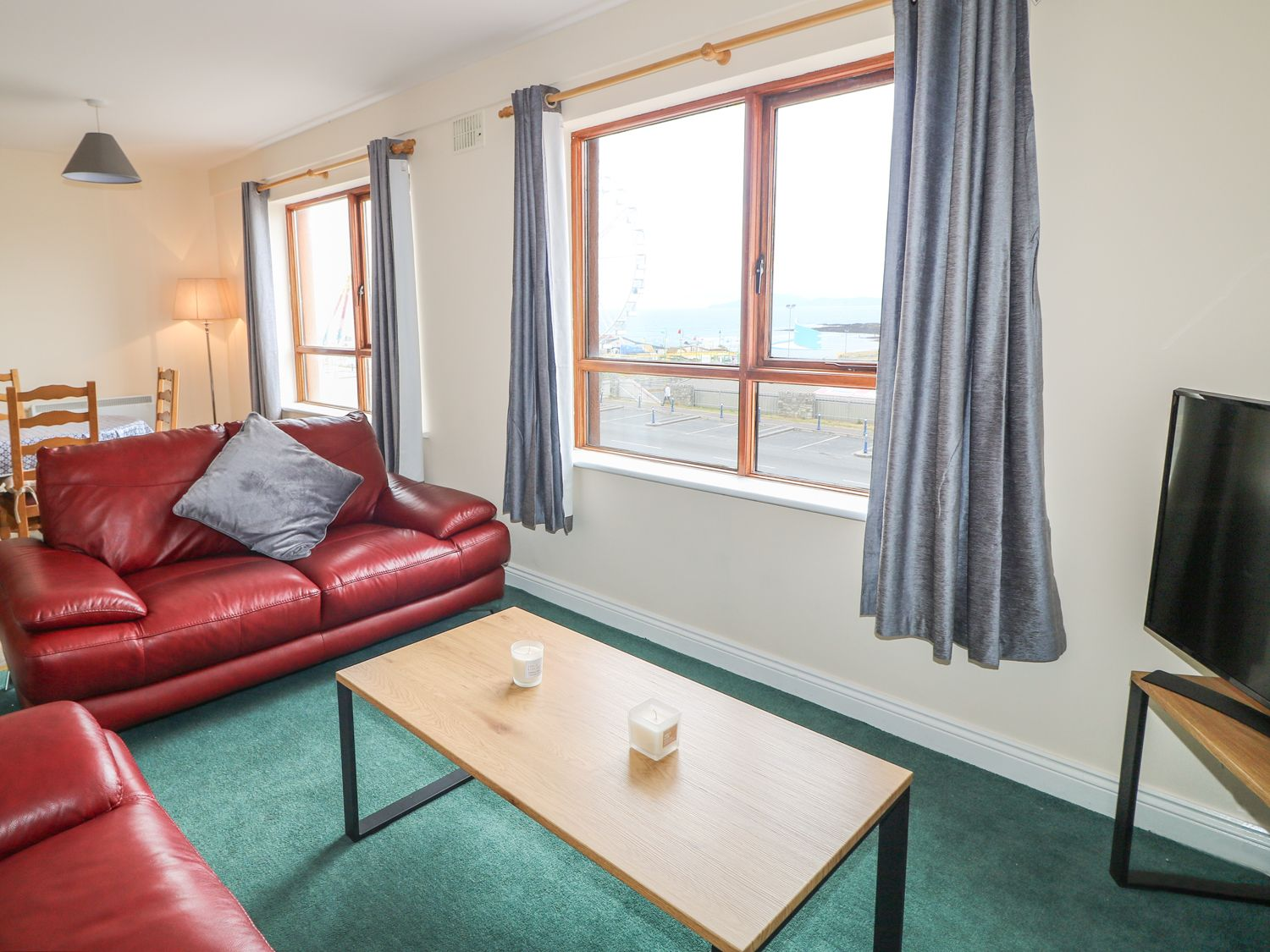Apartment 42 - County Donegal - 990139 - photo 1