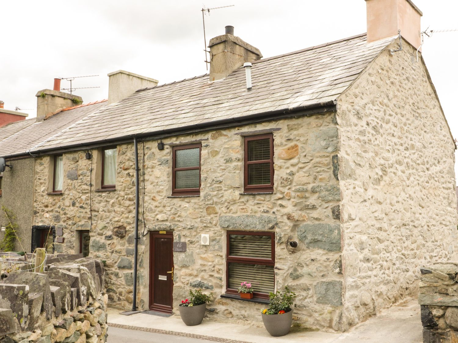 Charlies Cottage - North Wales - 990140 - photo 1