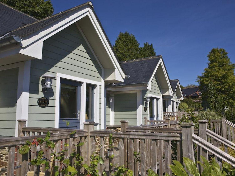2 Court Cottage, Hillfield Village - Devon - 995350 - photo 1