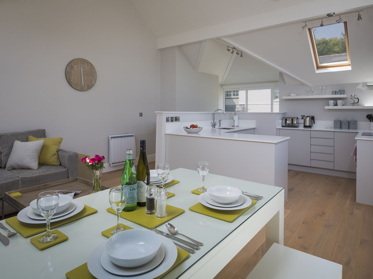 3 New Barn, Hillfield Village - Devon - 995442 - photo 1