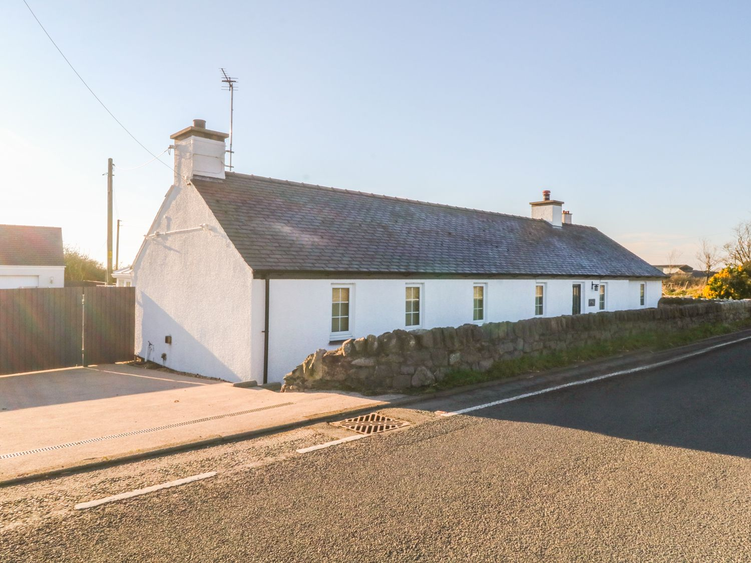 Hendre Bach - Anglesey - 996969 - photo 1