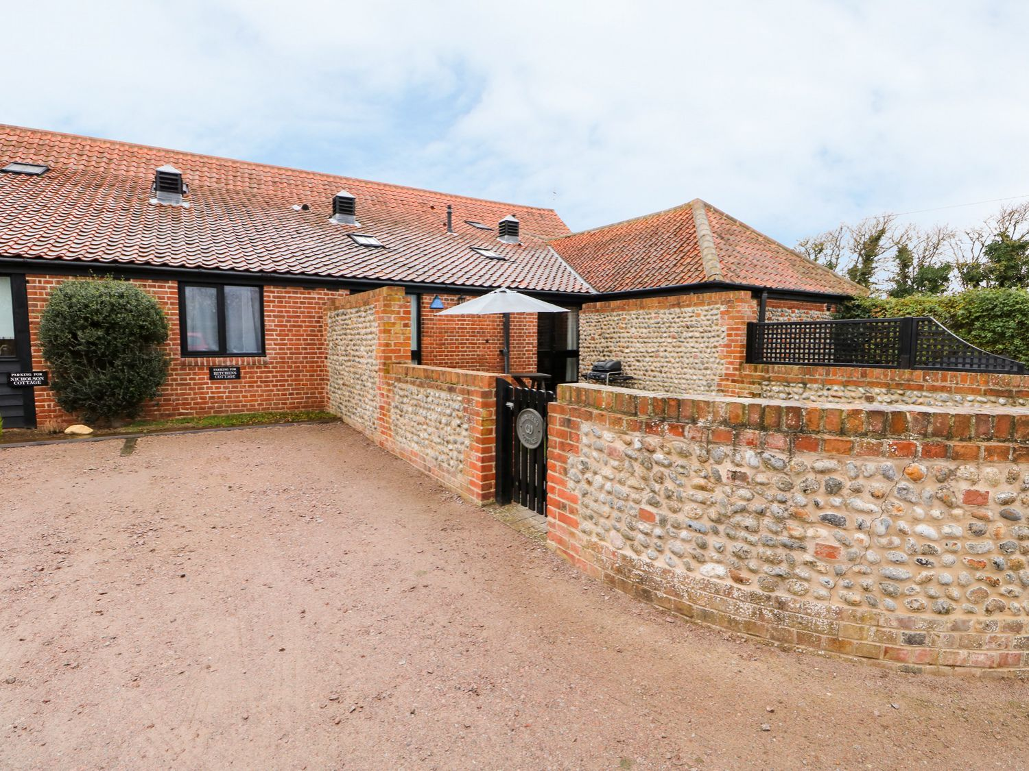 Hitchens Cottage - Norfolk - 998185 - photo 1