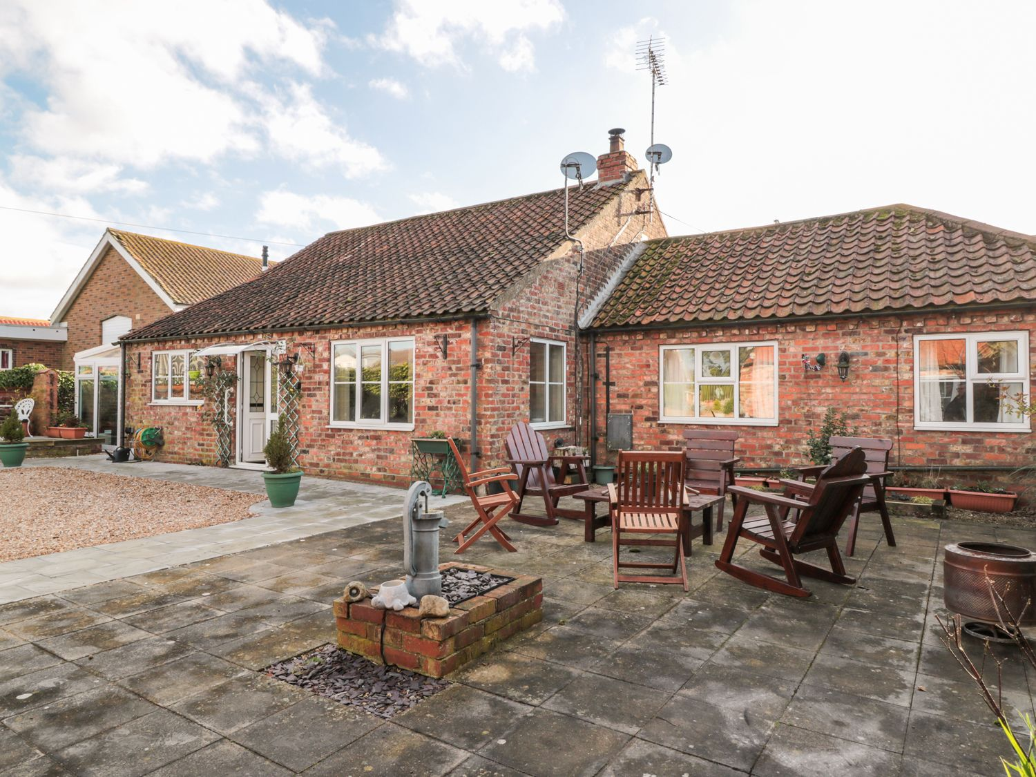Butterfly Cottage - Whitby & North Yorkshire - 998561 - photo 1