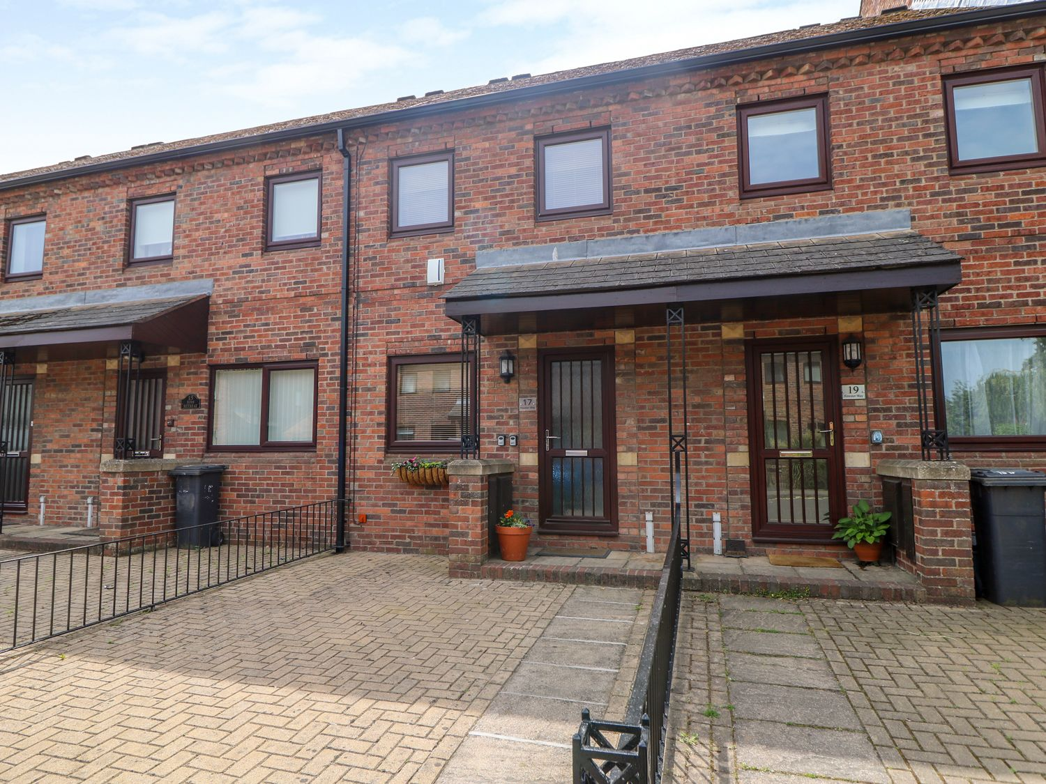 17 Fewster Way - Whitby & North Yorkshire - 999118 - photo 1
