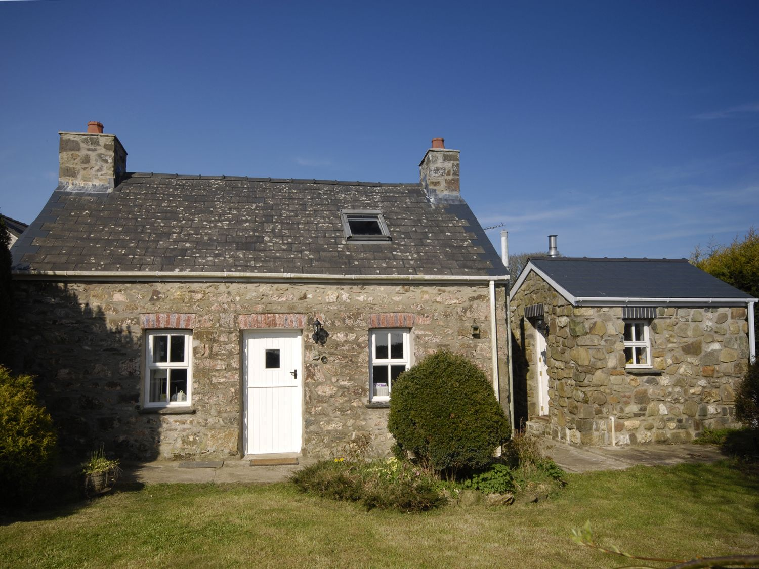 Ann Perrots Cottage - South Wales - 999228 - photo 1