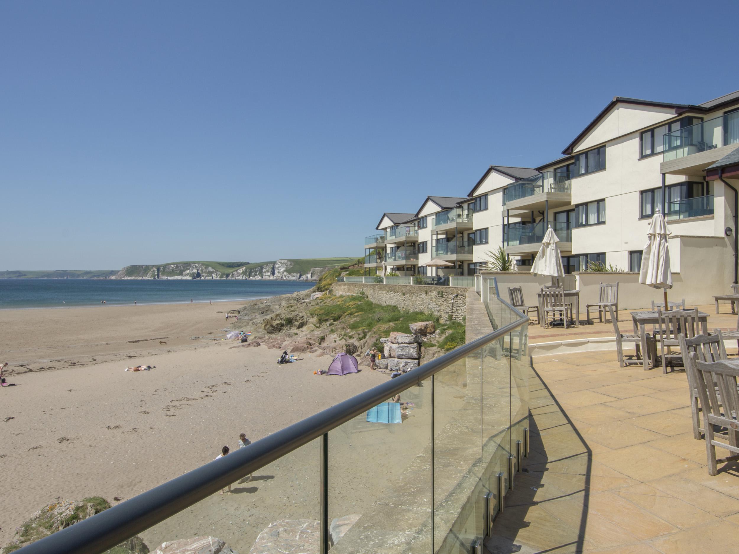 Apartment 29, Devon