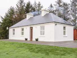 Nephin Beg Cottage - Westport & County Mayo - 1000899 - thumbnail photo 1