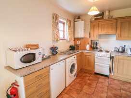 Cottage 5 - Antrim - 1001985 - thumbnail photo 8