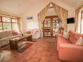 Rose Cottage - Antrim - 1001992 - thumbnail photo 4