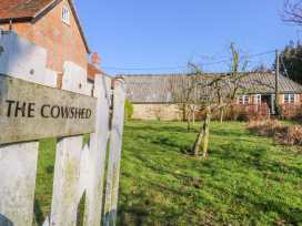 The Cowshed - Isle of Wight & Hampshire - 1002916 - thumbnail photo 2