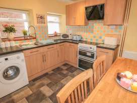 Cloverleaf Cottage - Whitby & North Yorkshire - 1003948 - thumbnail photo 7
