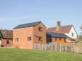 Old Hall Barn 2 - Shropshire - 1004373 - thumbnail photo 3