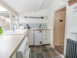 Willow Tree Cottage - Whitby & North Yorkshire - 1004928 - thumbnail photo 8