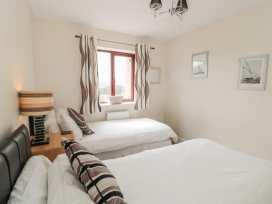 Waddleduck - Whitby & North Yorkshire - 11492 - thumbnail photo 6