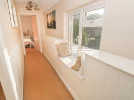 Angel Cottage - South Wales - 17218 - thumbnail photo 16